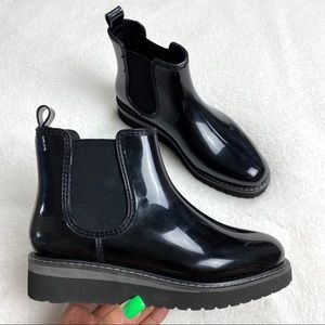 STEVE MADDEN - puddle water boots 6.5